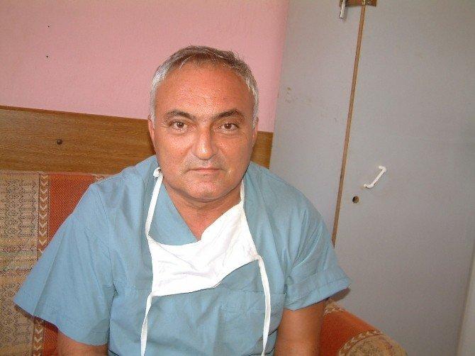Burhaniye'de Doktor Kenan Tortop Son Yolculuğuna Uğurlandı