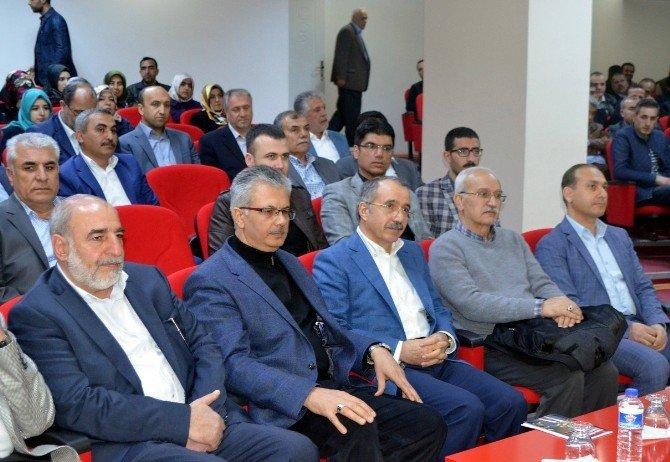 Milli Eğitim Eski Bakanı Ömer Dinçer Malatya'da Konferansa Katıldı