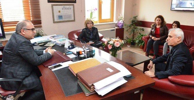 Bozbey'den Sağlıkçılara Destek