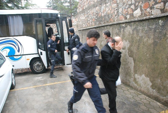 Tokat'ta Fetö/pdy Operasyonunda 19 Kişi Adliyeye Sevk Edildi