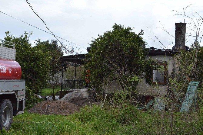 Muğla'da Bir Ev Kül Oldu