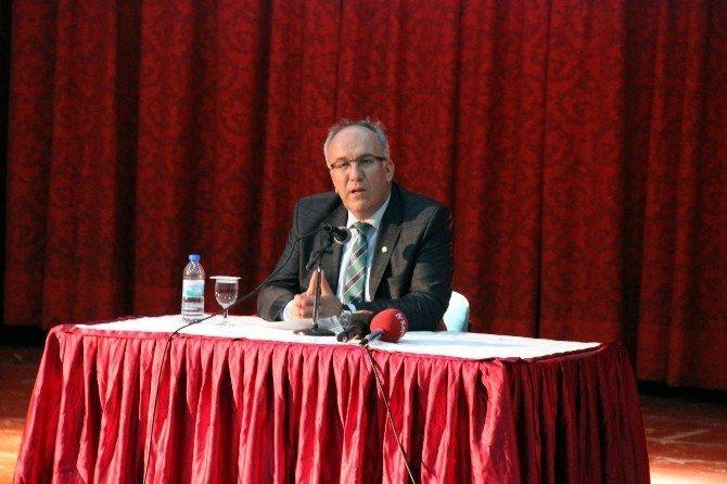 İstiklal Marşı'nın Kabulünün 95. Yılında Mehmet Akif Ersoy Anıldı