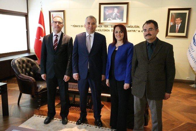 Sağlık Çalışanlarından Başkan Zolan'a Ziyaret