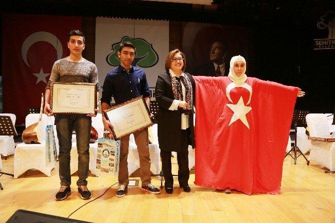 Şahinbeyli Öğrenciler İstiklal Marşını En Güzel Okumak İçin Yarıştı