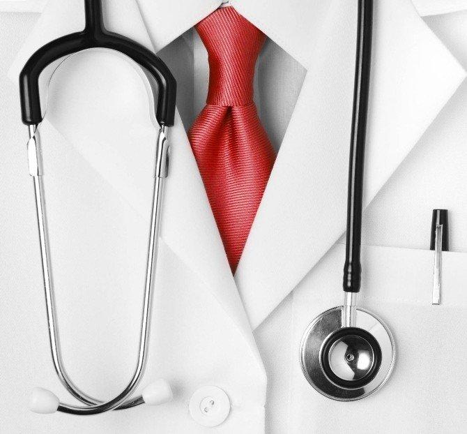 Doktorlar 'Emeğe Saygı', Hastalar 'Tedaviyle İlgili Yeterli Bilgi' İstiyor
