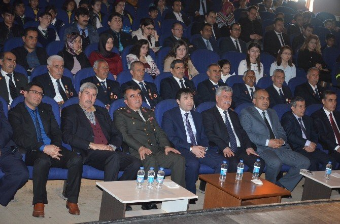 Viranşehir'de İstiklal Marşının Kabulü Törenle Kutlandı