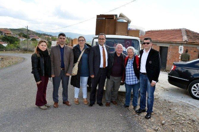 Ayvalık'ta 'Yerde Yatan Yaşlı Köylü' Kalmayacak