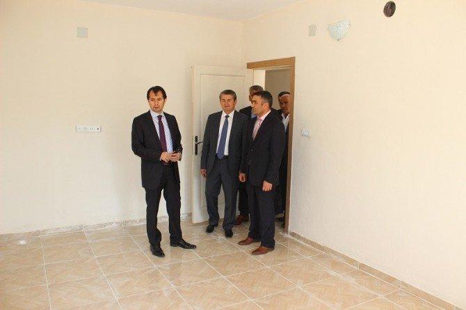 Yavuzeli SYDV İhtiyaç Sahiplerine Evlerini Teslim Etti
