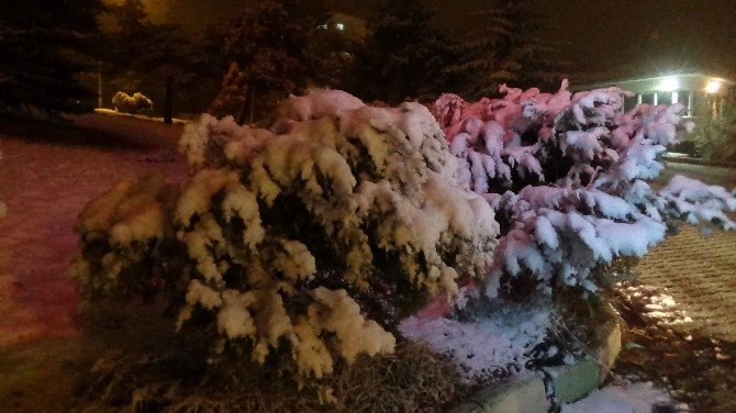 Yozgat'ta Mart Kapıdan Baktırıyor