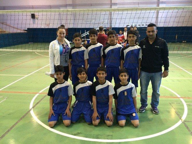 Okullararası Küçük Erkekler Voleybol Ligi Tamamlandı