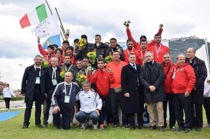 Ağrı İbrahim Çeçen Üniversitesi Öğrencisi Sevilay Eytemiş Dünya Şampiyonu Oldu