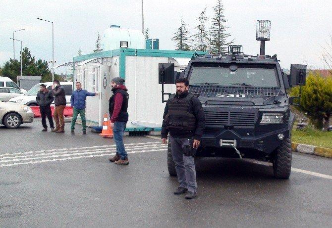 Polis, İstanbul'a Giren Araçları Didik Didik Aradı