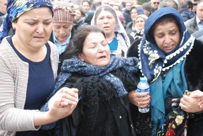 Patlamada Hayatını Kaybeden Üniversiteli Genç Toprağa Verildi