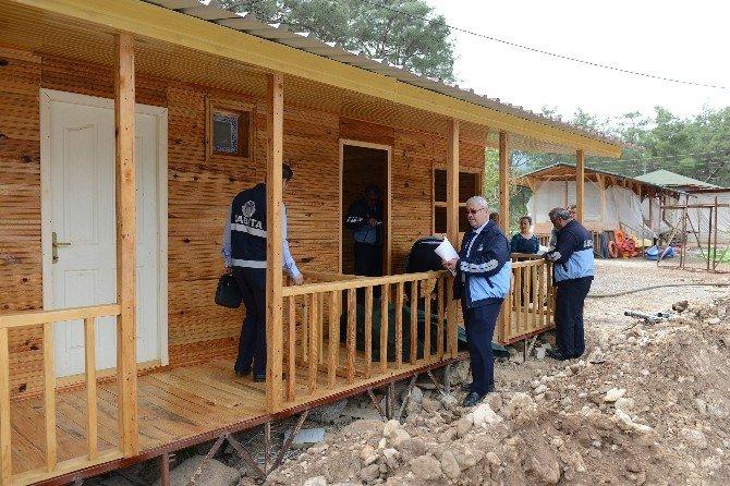 Adrasan'da Kaçak Yapılar Mühürlendi