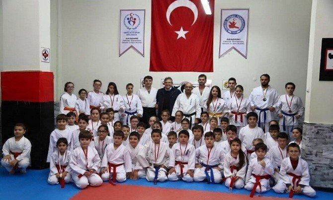 Akademi Dövüş Sanatları Gsk Türkiye Şampiyonasına Katılıyor