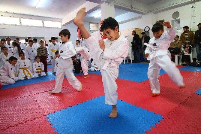 Taekwondocular Kuşaklarına Kavuştu