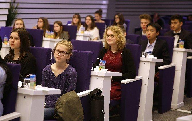 Alman Öğrencilerden Piriştina'ya Ziyaret
