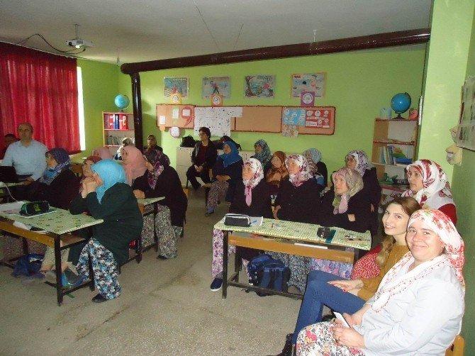 Kadınlara Kayın Mantarı Yetiştiriciliği Anlatıldı