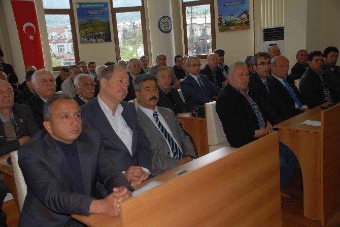 Fethiye'de Büyükşehir Muhtarların Sorunlarını Dinledi