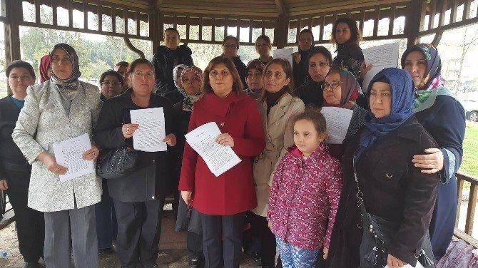 AK Parti'li Kadınlardan CHP'li Başkana Suç Duyurusu