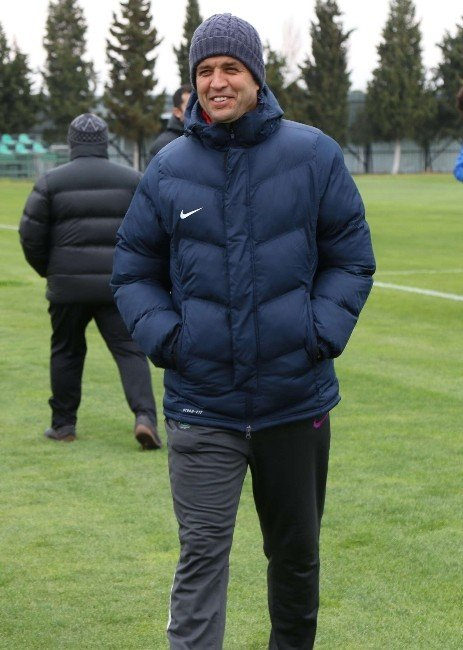 Akhisar Belediyespor, ÇAYKUR Rizespor Maçı Hazırlıklarına Başladı