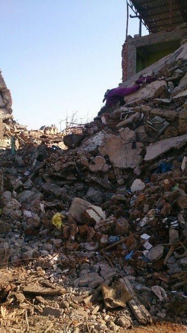 Sur'da Temizlik Sürüyor