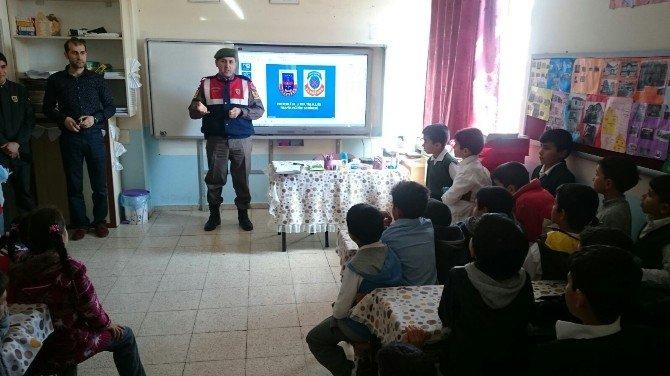 Jandarma Trafik Timlerinden Öğrencilere Eğitim