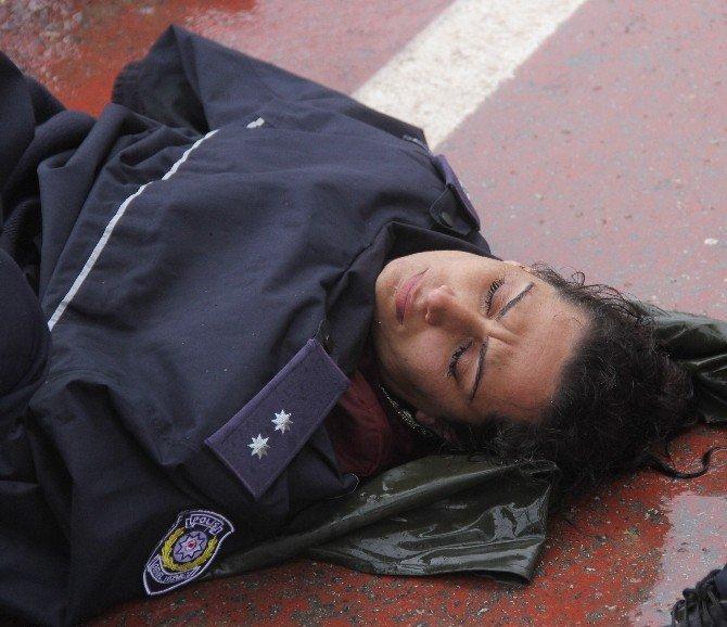 Ölmek İsteyen Kadını Komiser Hayata Döndürdü