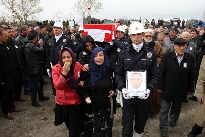 Şehit Polis Alagöz Toprağa Verildi