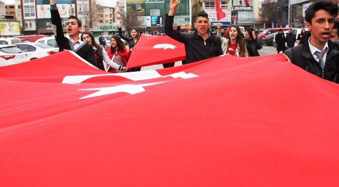 Iğdır'da Teröre Tepki Yürüyüşü