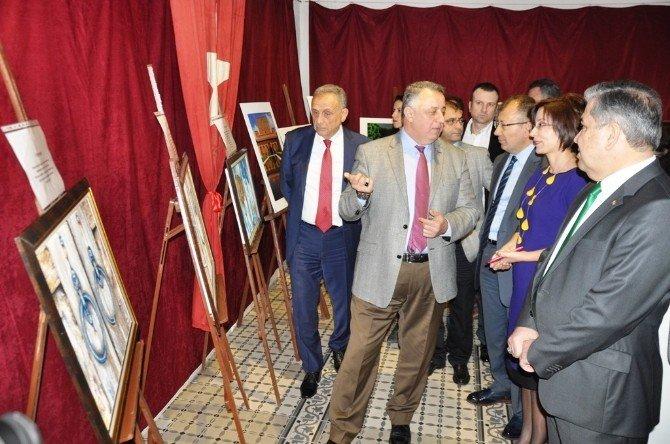 Sanatçı Doktorlar Sergi Açtı