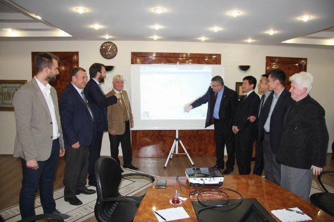 Çinli Yatırımcılar Kesimoğlu'nu Ziyaret Etti