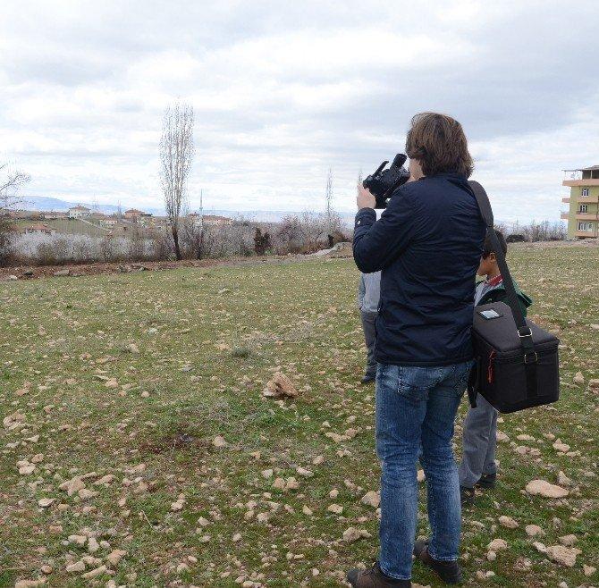 Malatya'da Boş Bir Arazide Erkek Cesedi Bulundu