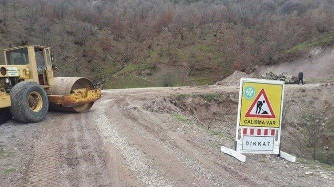 Demirci'nin Yolları Bakıma Alındı