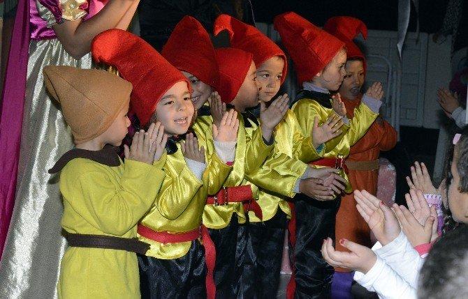 Büyükşehir Belediyesi, Tiyatroyu Çocukların Ayağına Götürüyor