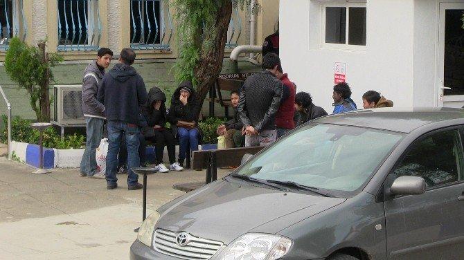 13 Mülteci Kaçarken Yakalandı