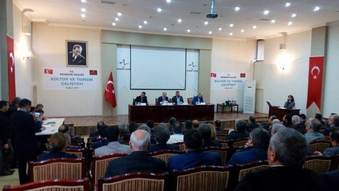 Nevşehir'de Turizm Çalıştayı Toplantısı Yapıldı