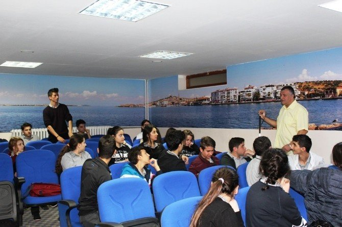 Ayvalık'ta Asted'ten Öğrencilere 'Şiddet' Eğitimi