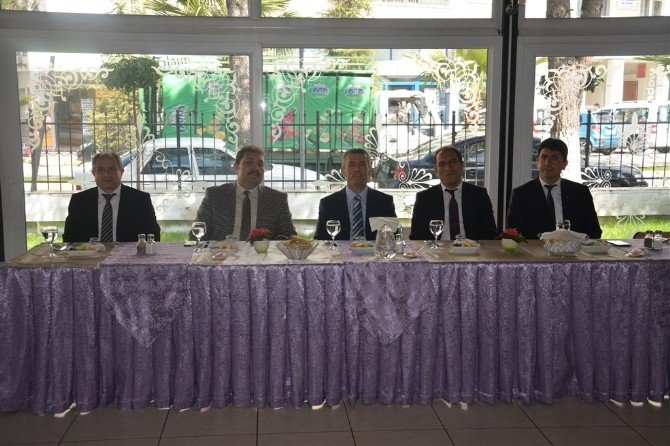 Aday Öğretmenler Kaymakam Sırmalı'yı Ziyaret Etti