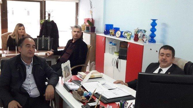 Edremit'te AK Partili Milletvekili Halkın Nabzını Tuttu