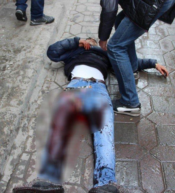 Yasaklı Mahallede Çatışmalar Şiddetlendi: 3'ü Polis 6 Yaralı