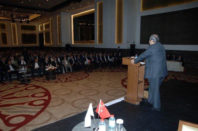 Sanko Holding Onursal Başkanı Abdülkadir Konukoğlu,