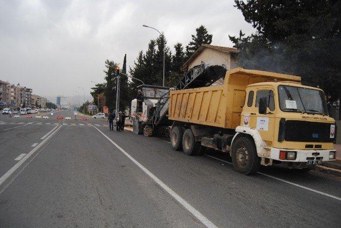 Büyükşehir Belediyesinden Trafik Sorununa Çözüm Çalışmaları