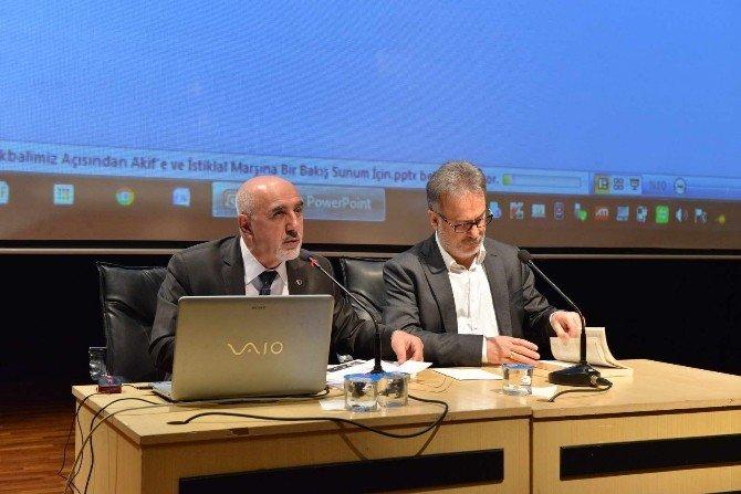 """SAÜ'de """"İstiklal Marşı'nın Önemi"""" İsimli Konferans Düzenlendi"""