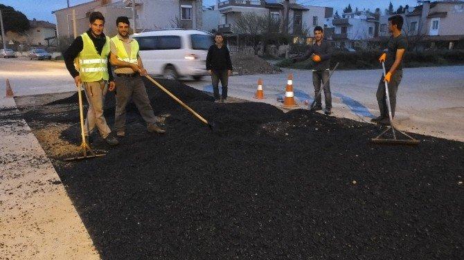 Burhaniye'de Baski Asfalt Tamirine Başladı