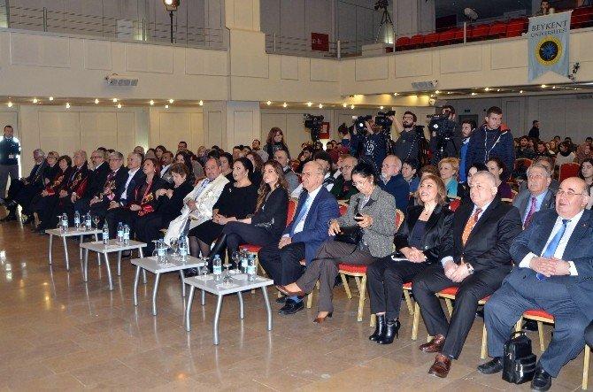 """Türkan Şoray: """"Sevgiyle, Kardeşlik Duygularıyla Ve Milletçe Kenetlenmemiz Gerekiyor"""""""