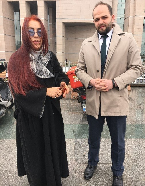 "Leman Sam ""IŞİD'li Tweet"" Davasından Beraat Etti"