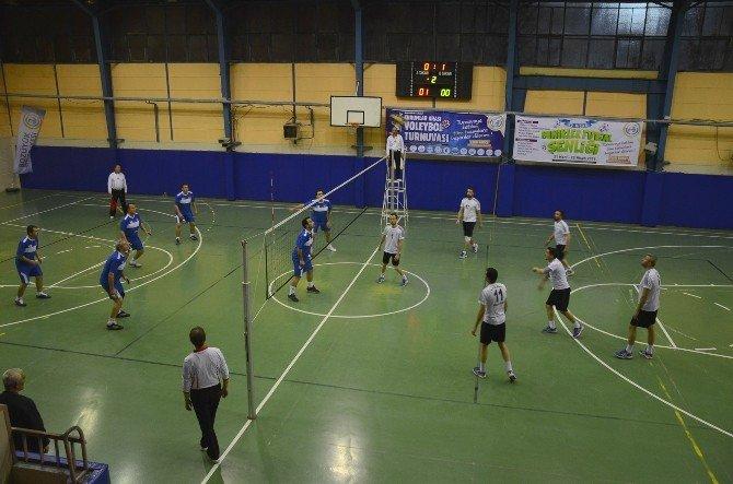 Bozüyük Belediyesi Kurumlar Arası Voleybol Turnuvası Başladı