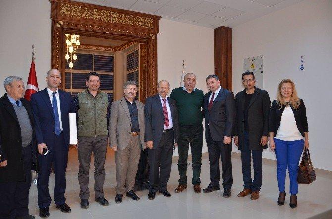 Ege Bölgesi Erzurum Dernekler Birliği Federasyonundan Başkan Kılıç'a Ziyaret