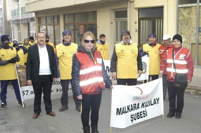 Şehitler İçin Çanakkale'ye Yürüyorlar